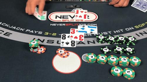 Consejos de blackjack en vivo: captura de pantalla del juego de blackjack en vivo