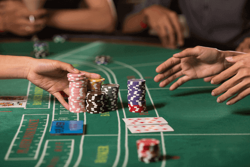 Jouez au baccarat en ligne - Photo de table de casino